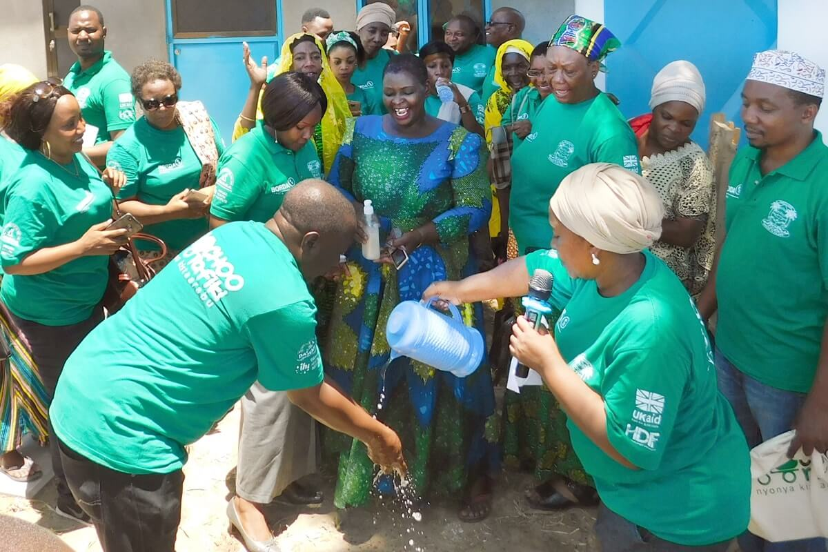 blog-Wailes-FSTP-inauguration-water-2