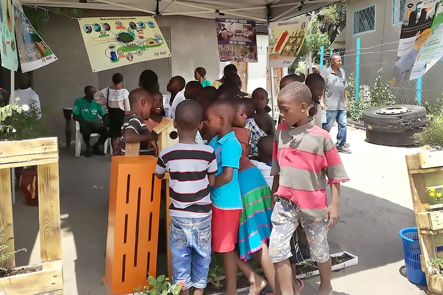 blog-Tanzania-INTERACT-Bio-event-kids